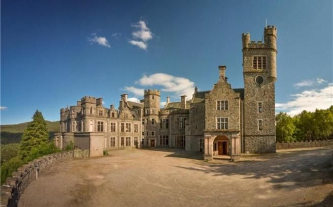 Pin By Zohri Ghassan On Mansions Scottish Castles For Sale