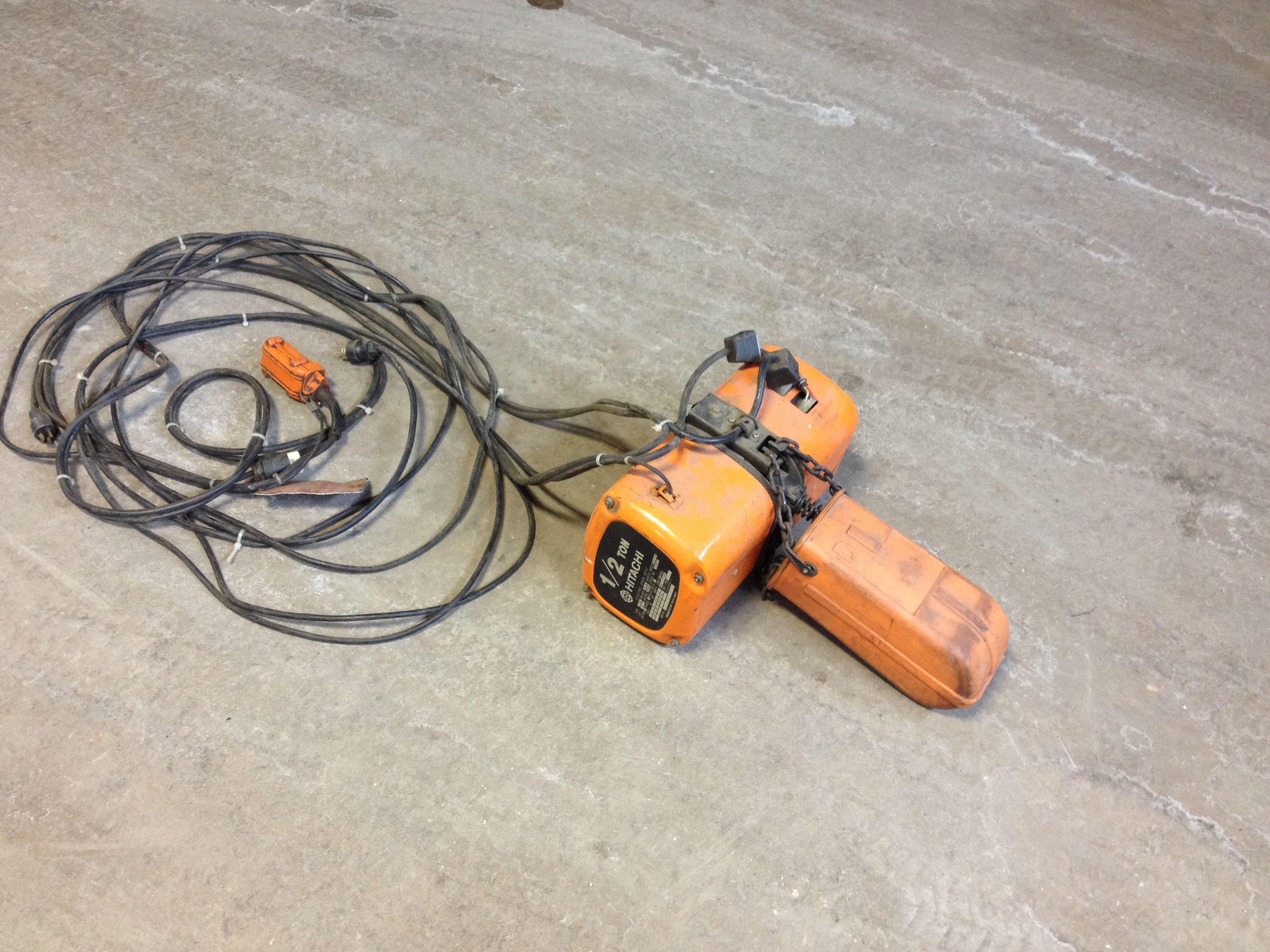 Hitachi 1 2 Ton Electric Chain Hoist Hoist Hitachi Vacuums