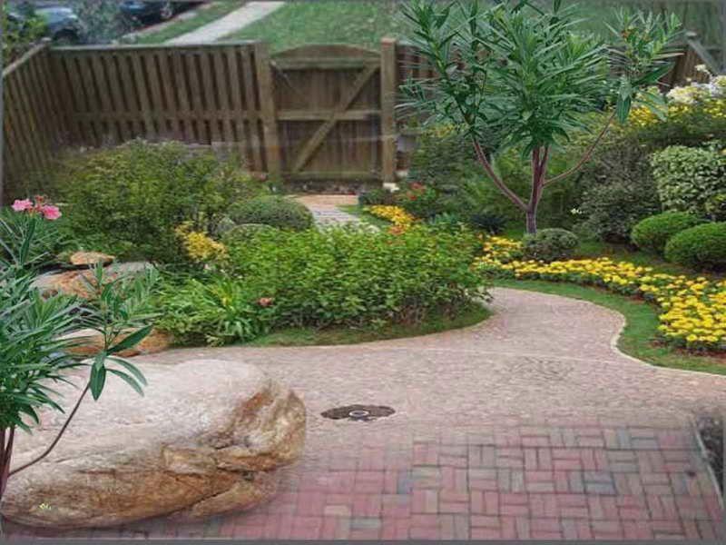 Small Garden Design Ideas On A Budget - http://decorstyle.xyz/06201609/garden-design-ideas/small-garden-design-ideas-on-a-budget/2408