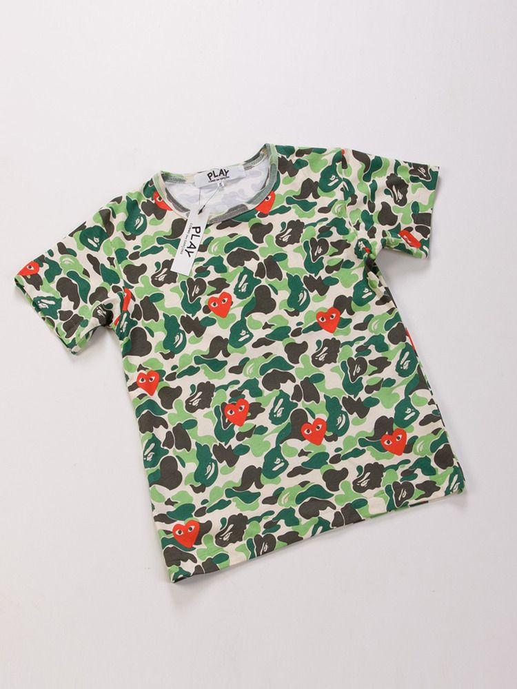 2c974833 Marque de tee-shirts à l'origine, A Bathing Ape fut fondé en 1993 par Nigo  (numéro 2