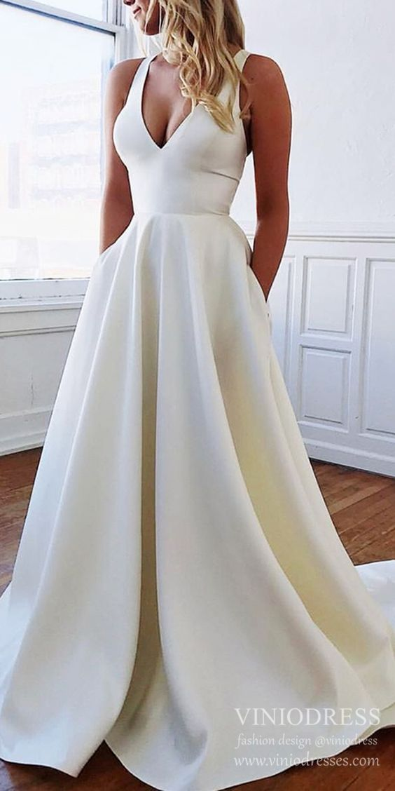 Simple Minimalist Wedding Dresses with Pockets & Bow VW1446