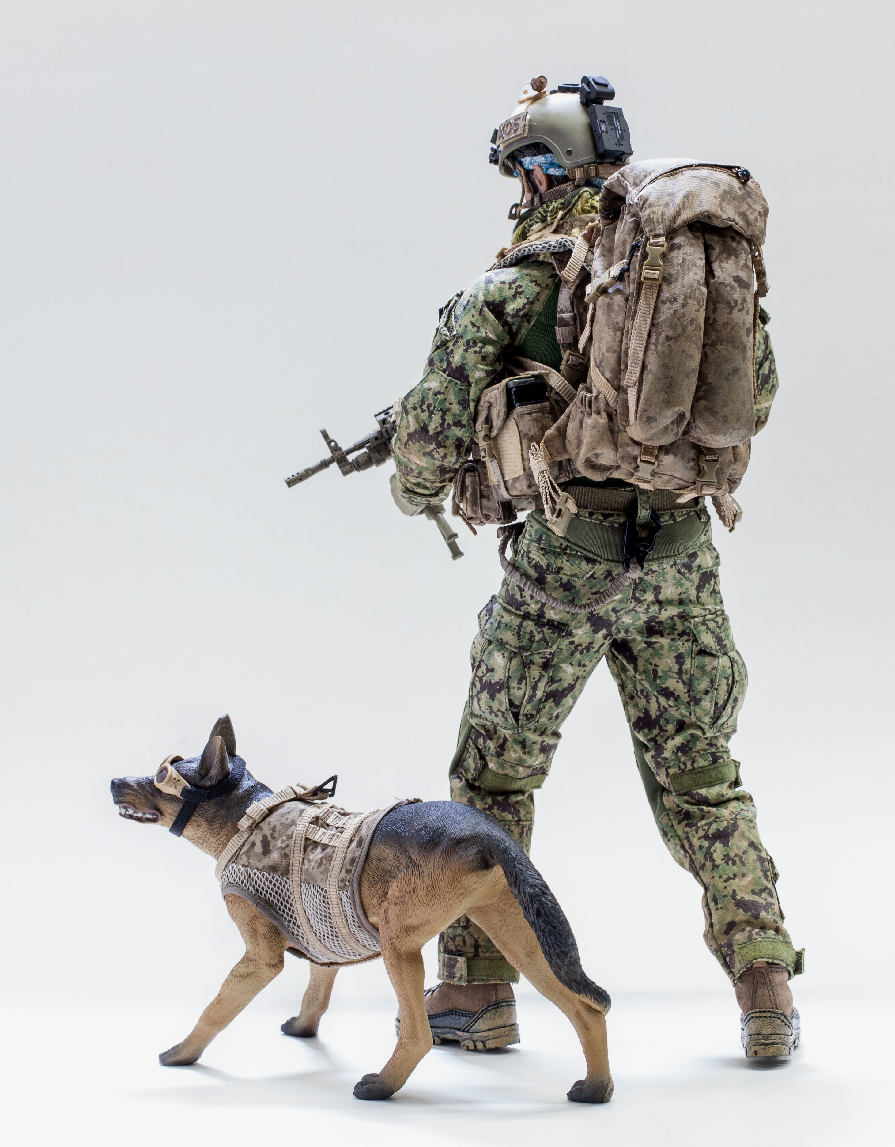 """1//6 Scale Army Special Forces Soldiers Police Dogs 12/"""" Action Figures Wargame"""