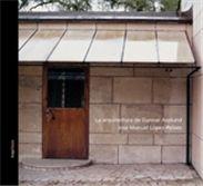 arquia/tesis 11 La arquitectura de Gunnar Asplund Autor: José Manuel López-Peláez Prefacio: Josep Quetglas La arquitectura de Asplund nunca deja solo al visitante, le brinda un apoyo que no se impone, que llega casual, gratuito. No es habitual encontrar esa solicitud en otras arquitecturas, puesto que esas otras suelen oscilar entre la excitación nerviosa a los sentidos del visitante, la subyugación admirada del público o el simple desinterés tolerante hacia el visitante.