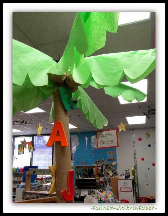 Chicka+Chicka+Tree+in+Classroom.jpg 564×724 pixels