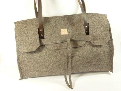 4f3eea6e406a5 Shopper bag im hermés-steil aus 100% merino wollfilz