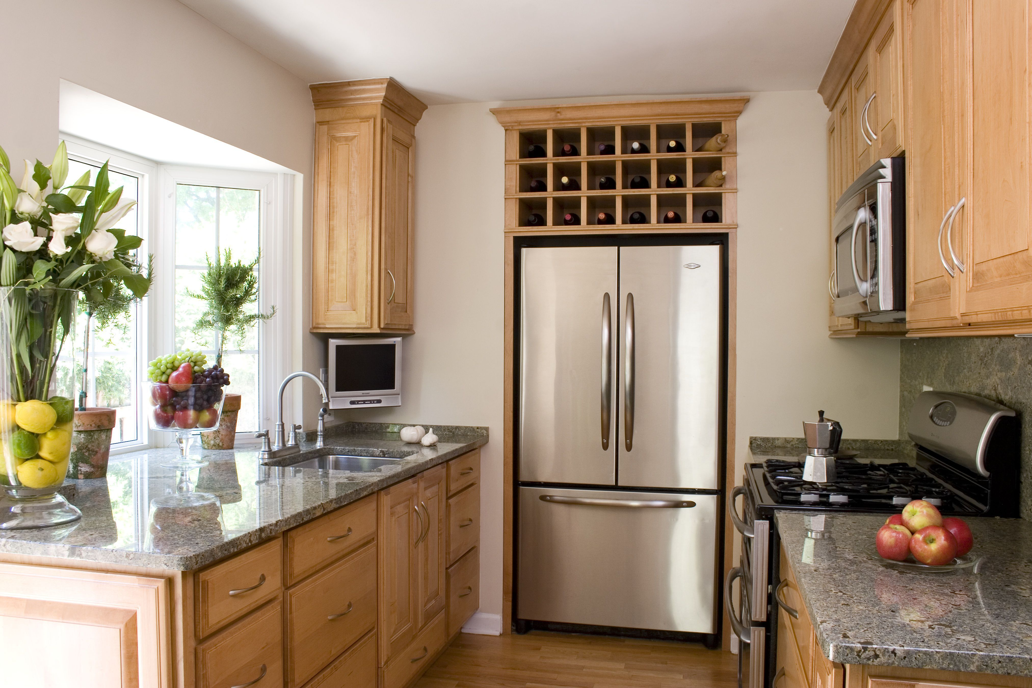 House Tour Smart Design Ideas For Small Kitchens With Images Simple Kitchen Design Small Space Kitchen Small Kitchen Decor