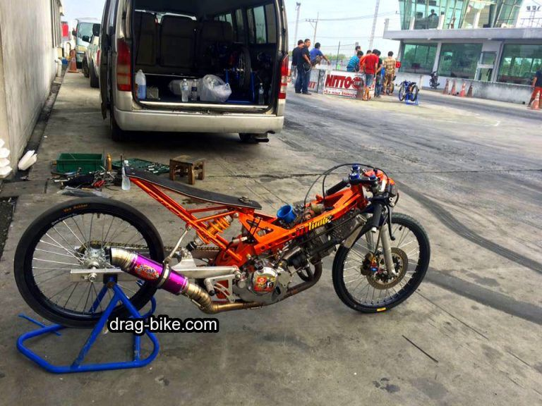 Download Video Drag Sonic 200cc Mothai Thailook Style Sepeda