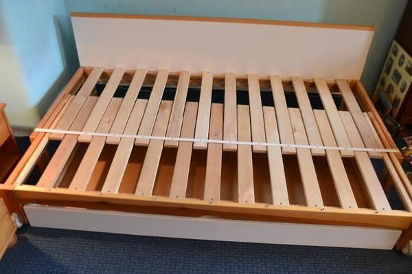 Pin By Mehrabonbaba On Bed In 2019 Diy Daybed Murphy