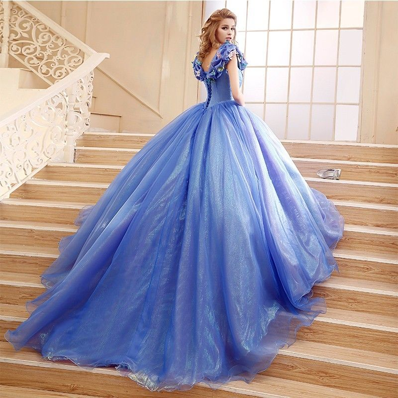 Prinzebin kleid hellblau