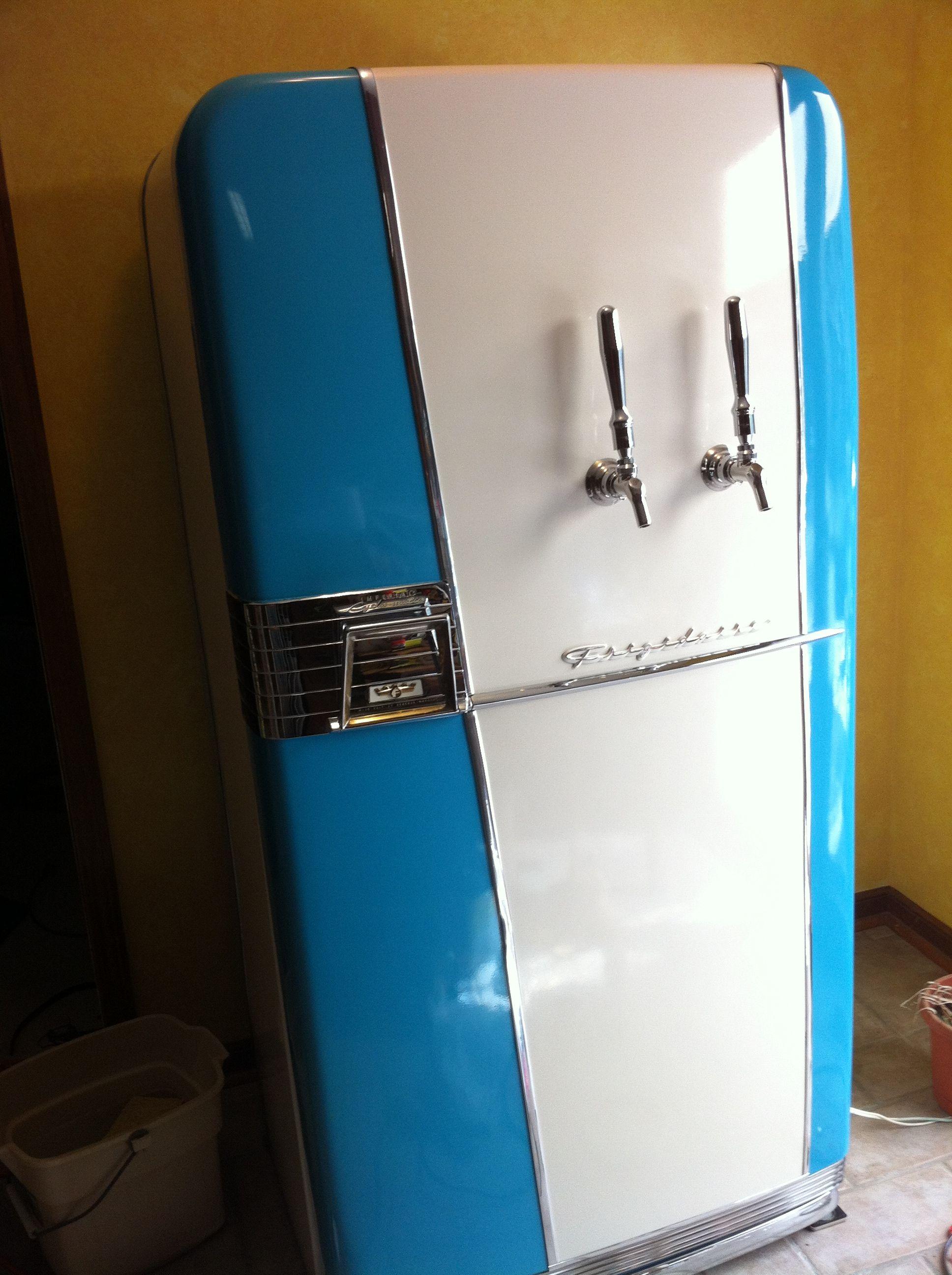 Vintage 1954 Frigidaire Kegerator Build My Sam S Club Kegerator Just Became So Lame Vintage Fridge Old Refrigerator Kegerator