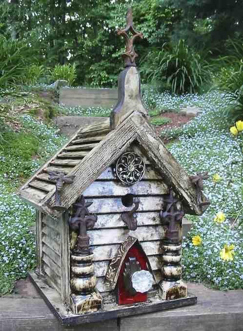 The Birdhouse Chick Birdhouses Bee Dwellings Pinterest