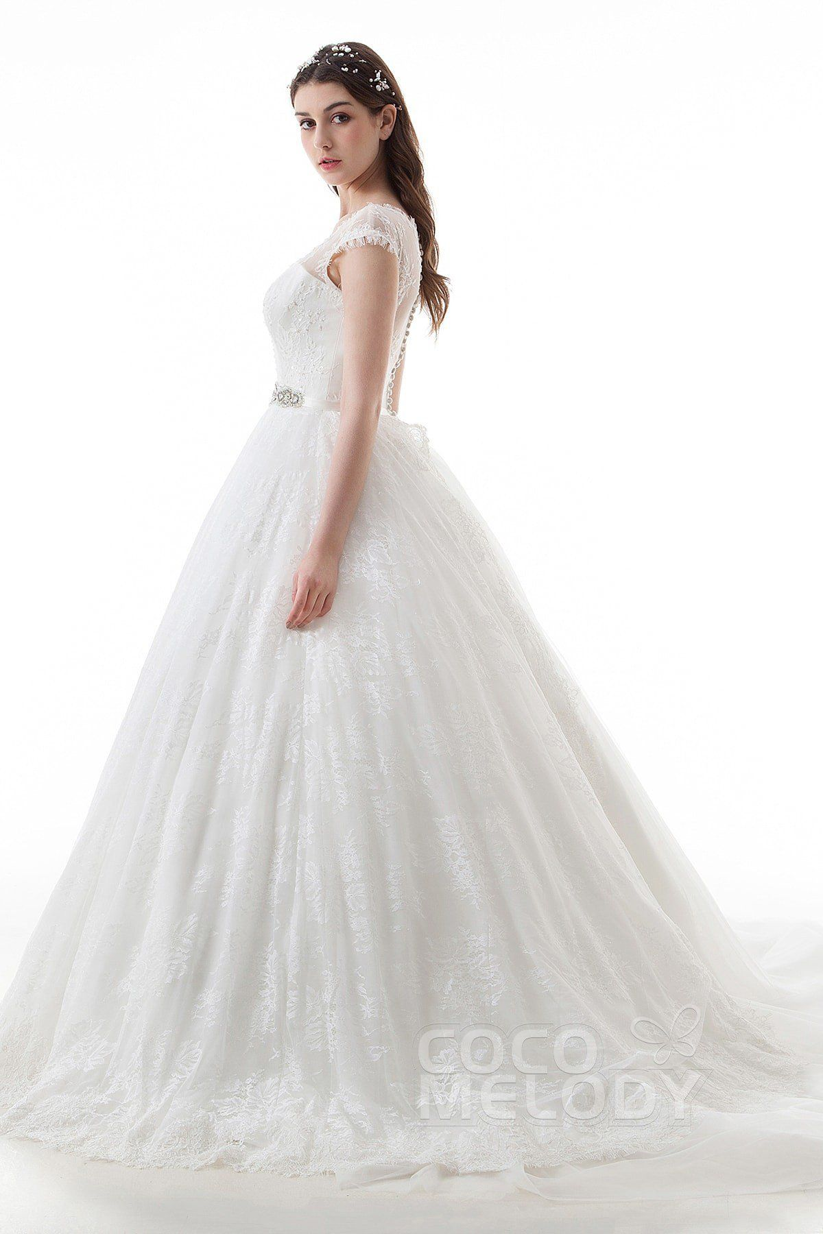 Fantastic aline vneck natural court train lace and tulle ivory cap