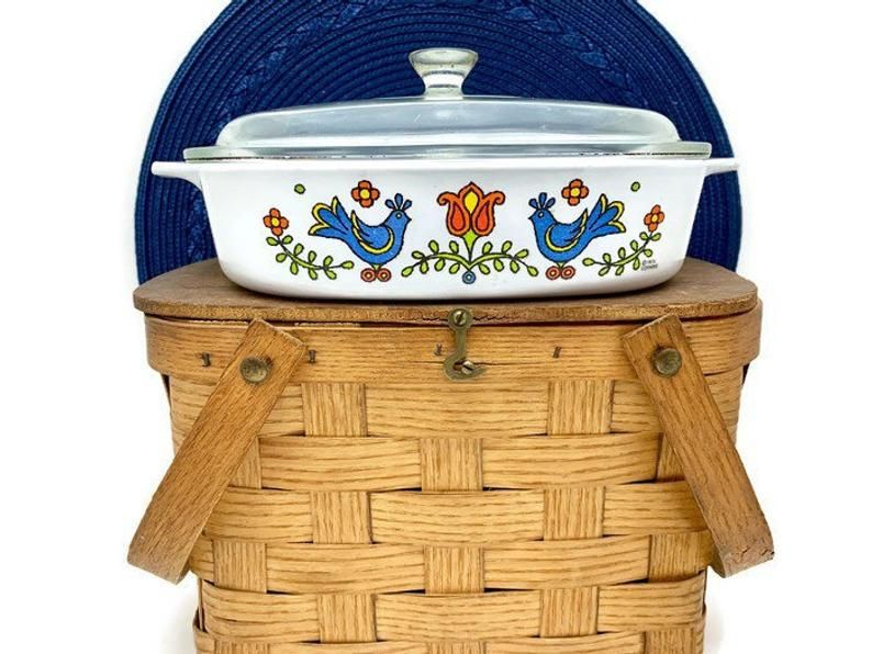 Corning Ware Casserole Square Baking Dish with Glass Lid, Vintage Pyrex 1.5 Qt. Country Festival, A-8-B, Friendship Blue Birds #dishware