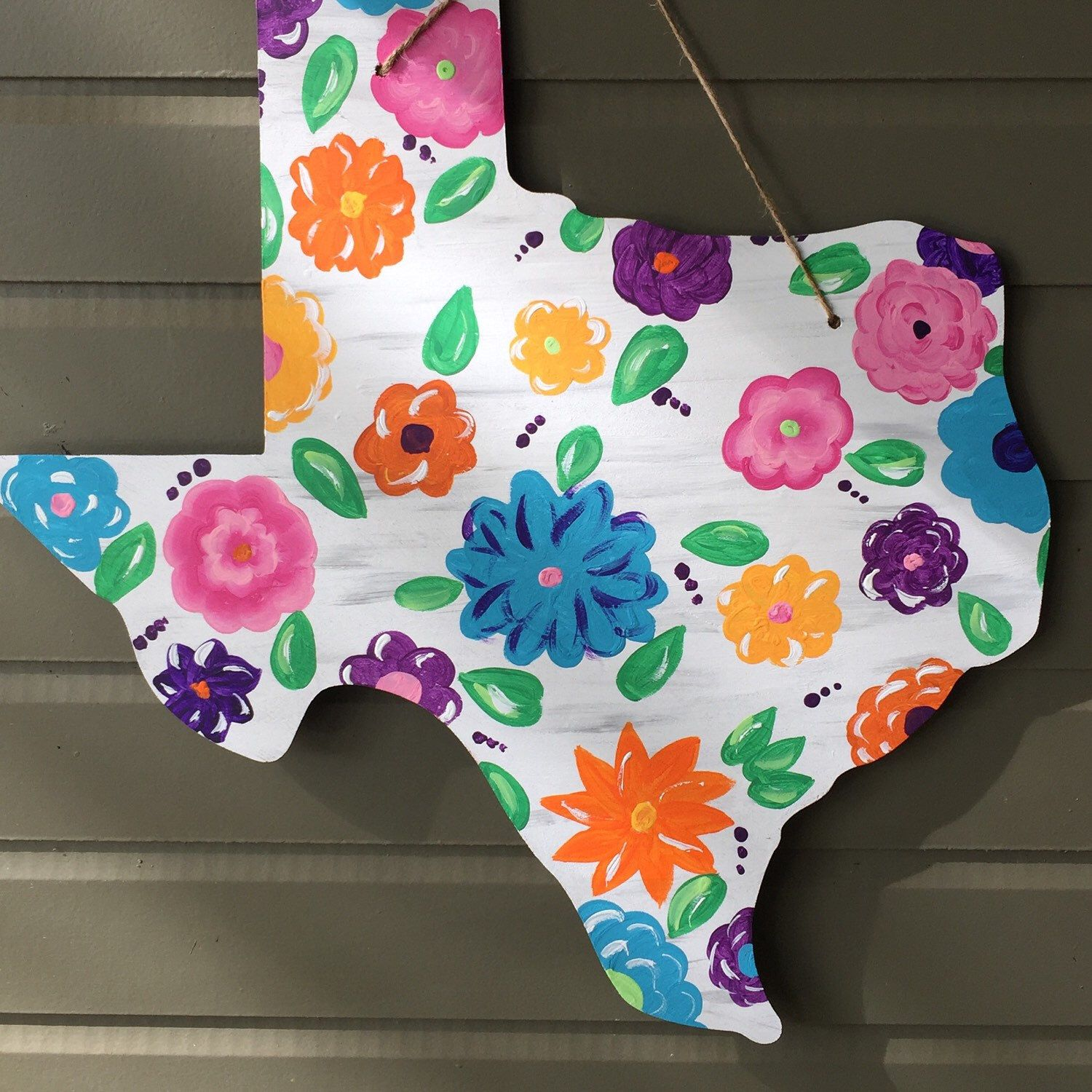 Distressed Floral Texas Wood Door Hanger by KMCWoodDesigns on Etsy https://www.etsy.com/listing/274937556/distressed-floral-texas-wood-door-hanger