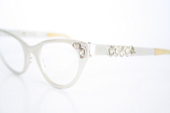 Unique Tura Cat Eye Eyeglasses Vintage Eyewear Retro Glasses Cat Eye ...