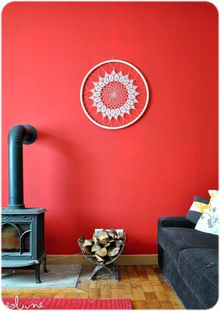j\u0027aime le dreamcatcher, le mur rouge, le poêle, Crochet