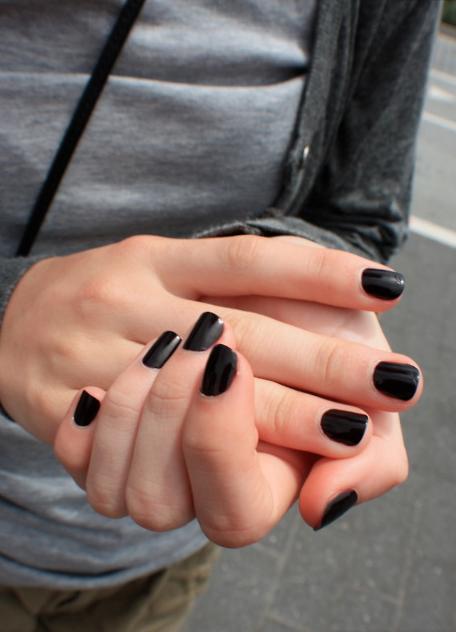 black nails :)) #black #nails #nailpolish