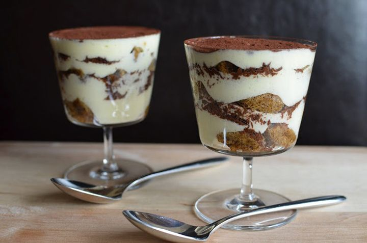 SUMMER DESSERT WITHOUT BAKING: TIRAMISU READY IN 15 MINUTES - Click on the photo for more : )