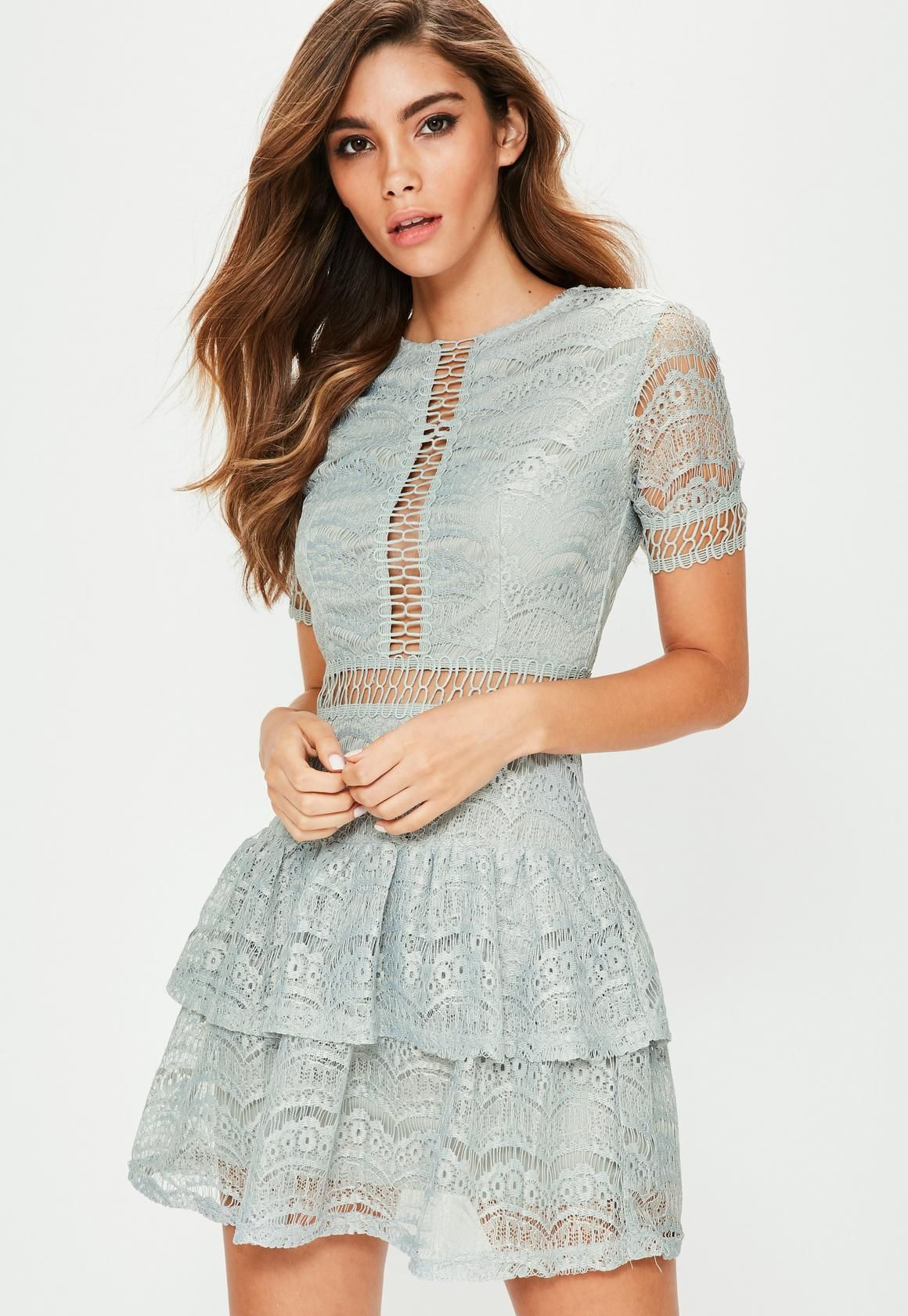 Missguided - Grey Lace ladder Trim Ruffle Hem Dress
