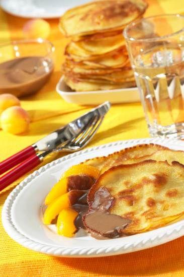 Aprikosen-Buttermilch-Pfannkuchen Rezept | Dr. Oetker