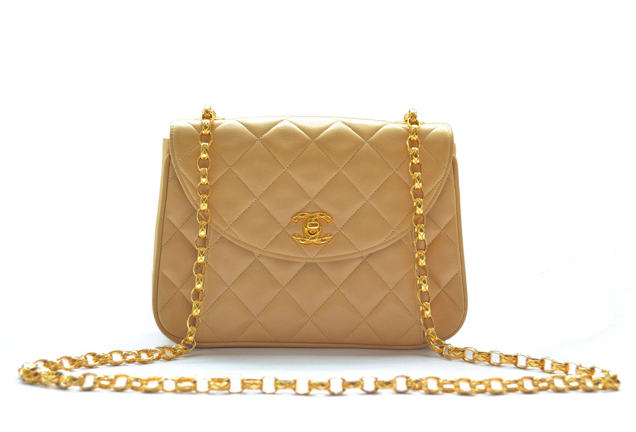 Chanel handbag superb vintage chanel bag vintage leather - Chanel Vintage Bag Beige Quilted Lambskin With Bijoux Chain From Vintage District