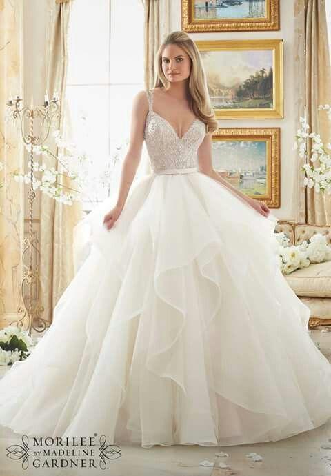 Pin von Dorka Papp auf Wedding | Pinterest | Hochzeitskleider ...