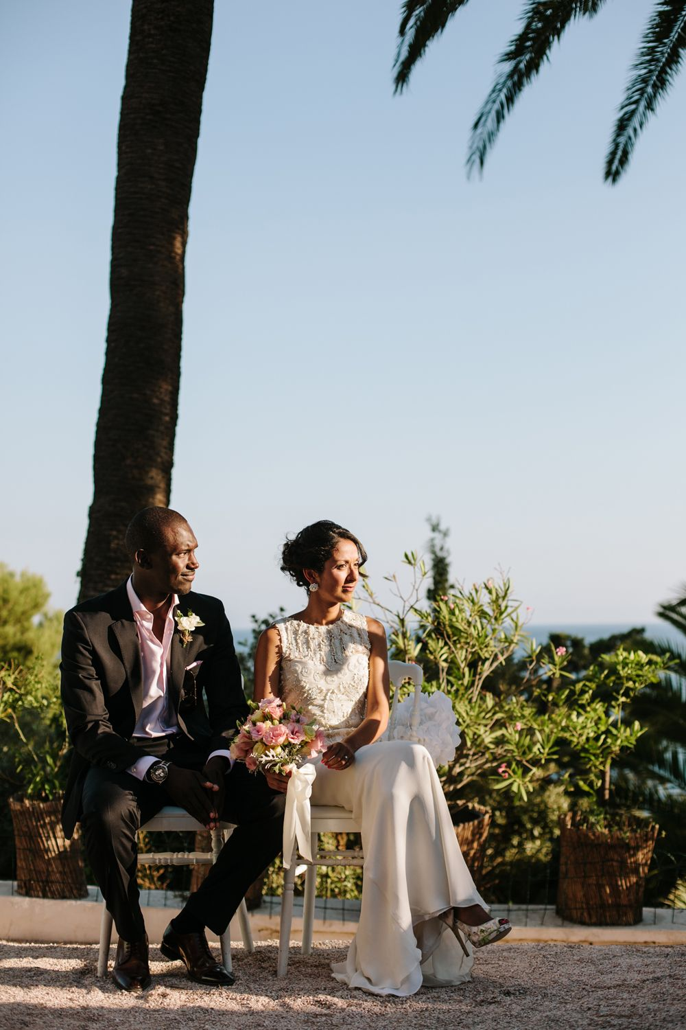 Wedding ceremony outdoor in Residence Cap Brun, front of the sea www.mariagedanslair.com