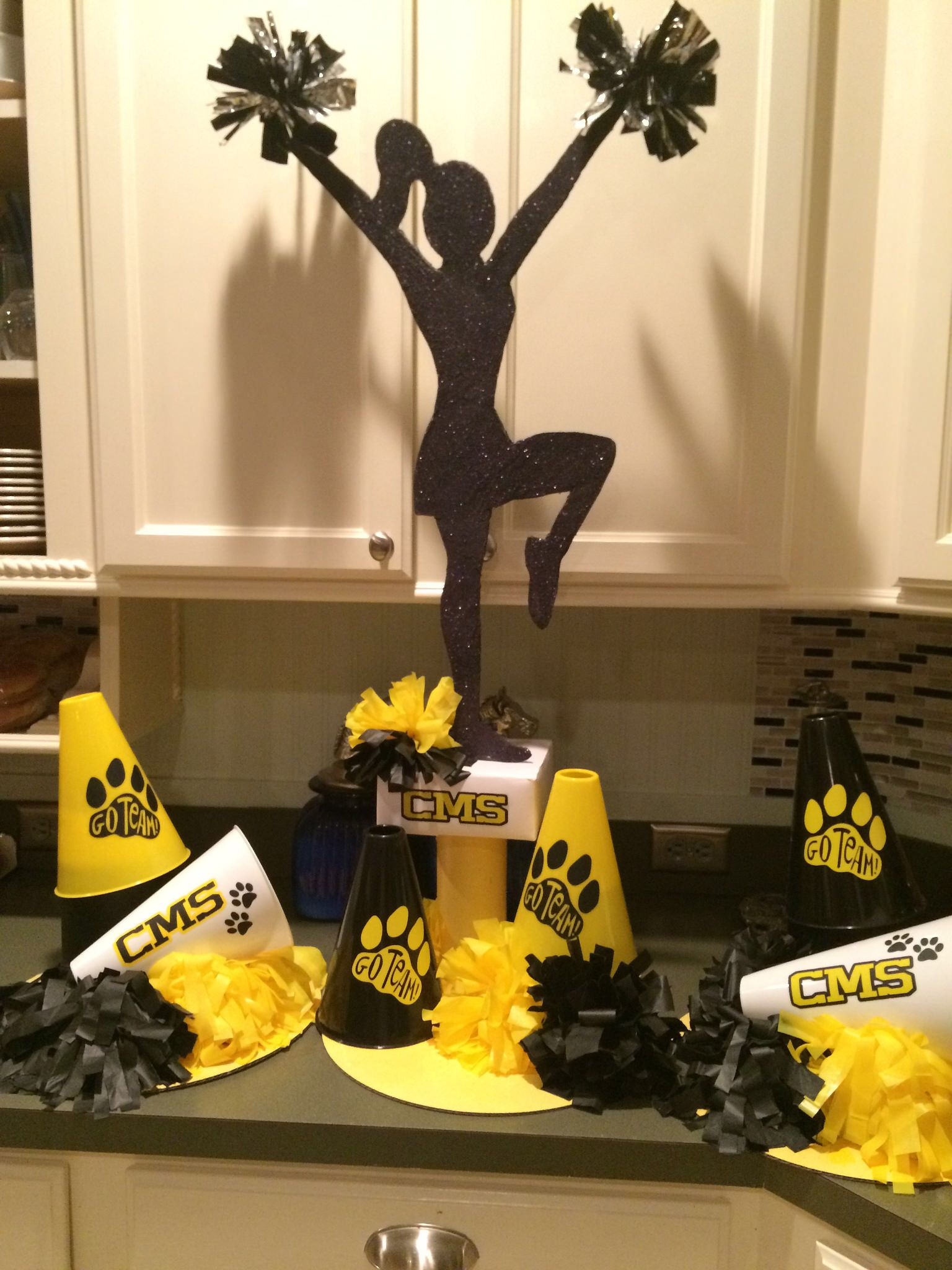 Cheer centerpieces for CMS cheer camp #cheercamp # ...