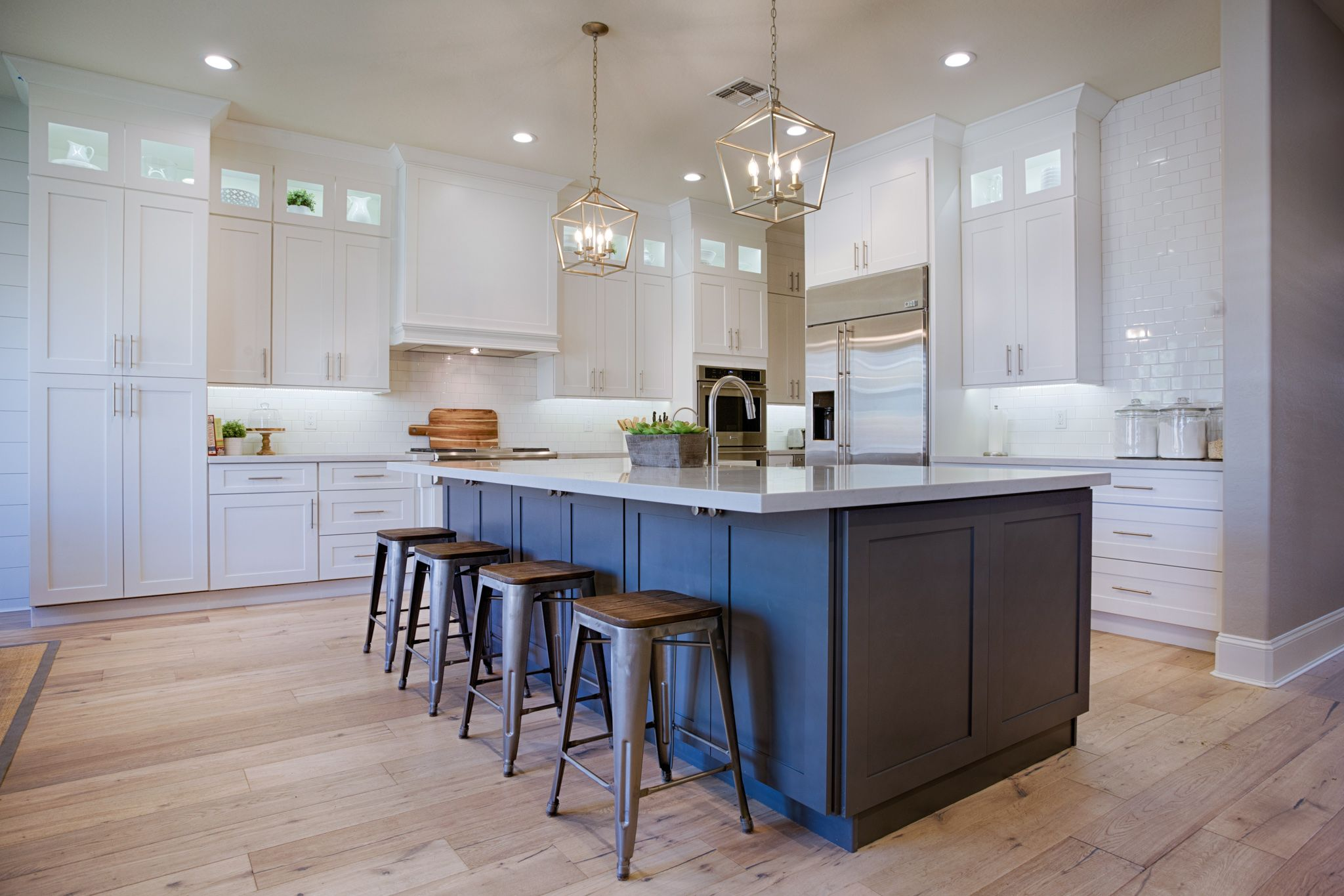 white newport shaker kitchen cabinets in frost paint with a custom grey island grey kitchen on kitchen cabinets grey and white id=78937
