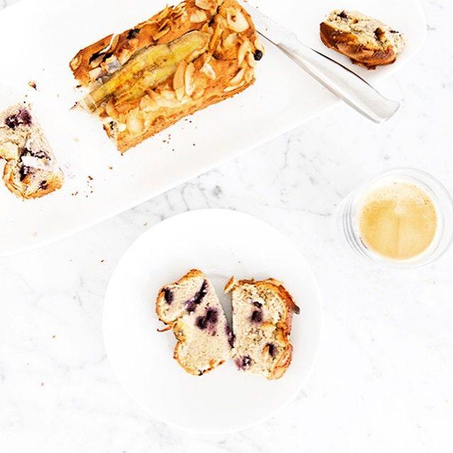 Healthy Banana Blueberry bread recipe #healthy #baking