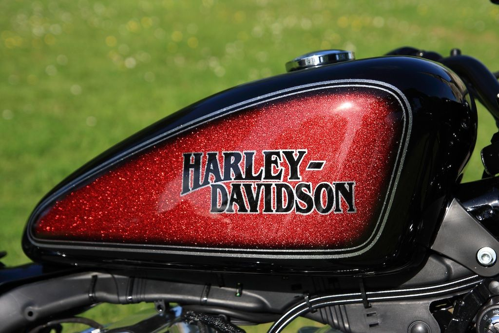 forum sportster peinture perso de reservoir harley davidson pinterest peinture moto. Black Bedroom Furniture Sets. Home Design Ideas