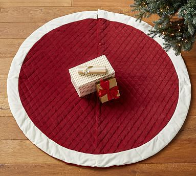 Classic Velvet Personalized Tree Skirts In 2020 Personalized Tree Skirt Tree Skirts Faux Fur Tree Skirt