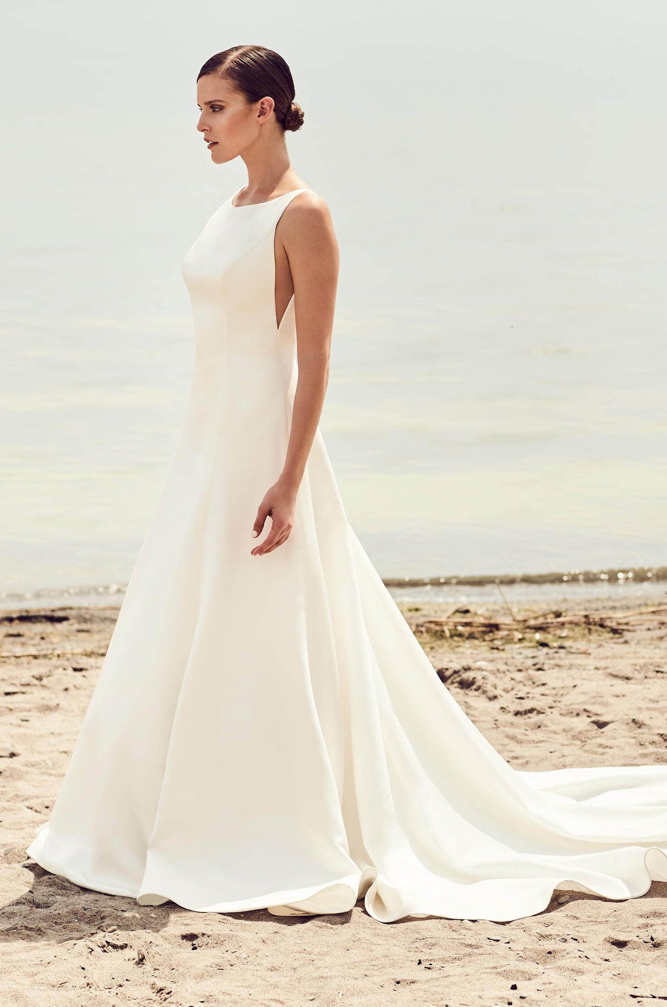 Mikaella Bridal Designer Wedding Dresses Made With Love In Canada Mikaella Bridal Ball Gowns Wedding Modern Wedding Dress [ 1999 x 1325 Pixel ]