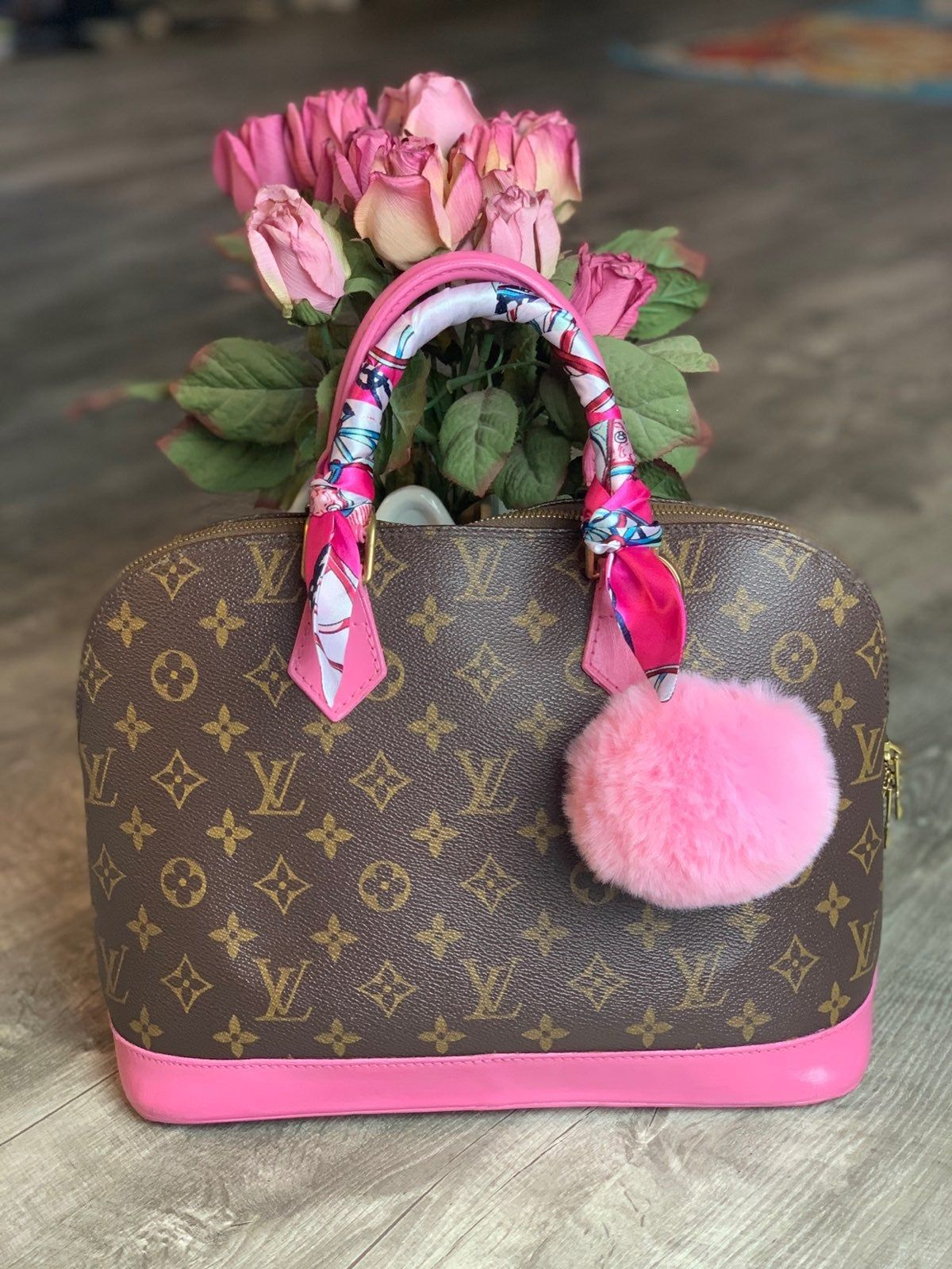 This Is My Preloved Louis Vuitton Alma Pm Also Custom Painted With Beautiful Hot Pink Leath Louis Vuitton Alma Bag Louis Vuitton Alma Pm Louis Vuitton Handbags