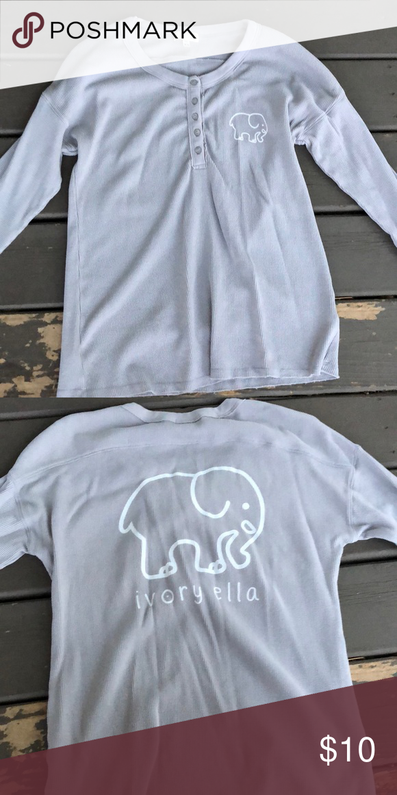 88db8f5fff87 Long Sleeve Ivory Ella Pajama Top XS It is a gray long sleeve Ivory Ella  Pajama top. It has never been worn. XS. GREAT condition  ) ivory ella  Intimates ...