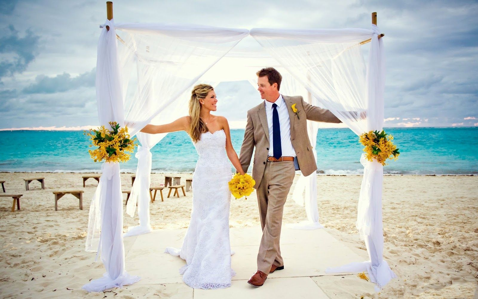 Click here to download in HD Format >>       Funadress Beach Wedding 2    http://www.superwallpapers.in/wallpaper/funadress-beach-wedding-2.html