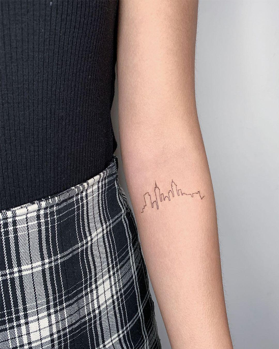 Pin By Jean Lothian On Tattoos Nyc Tattoo New York Tattoo Ink Tattoo