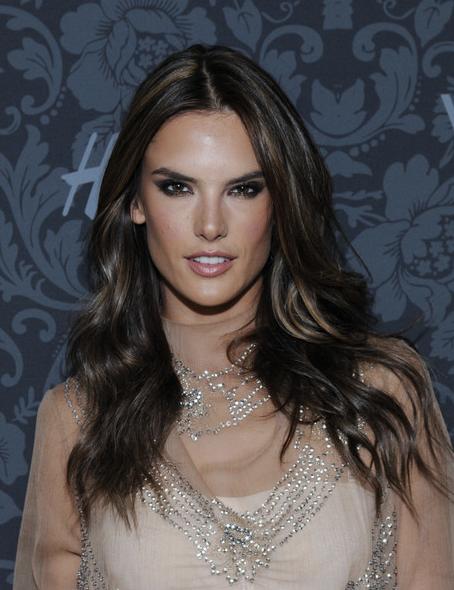 �:$h���yce�/&�)�h�_AlessandraAmbrosio|Alessandraambrosio,Alessandra,Celebrities