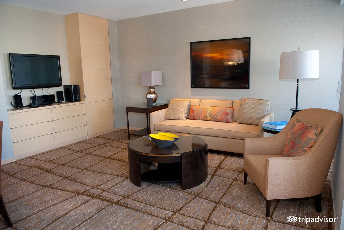 Executive Suite Executive suites, Home decor, Hotel