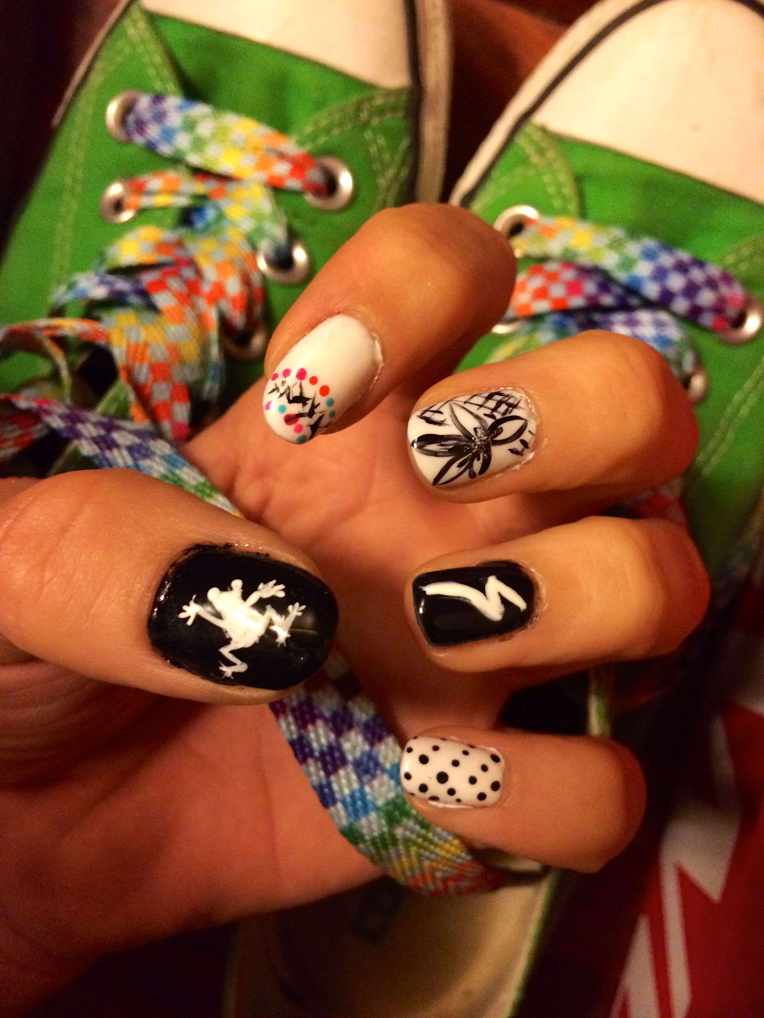 Black and White left hand different design for every nail for the ...