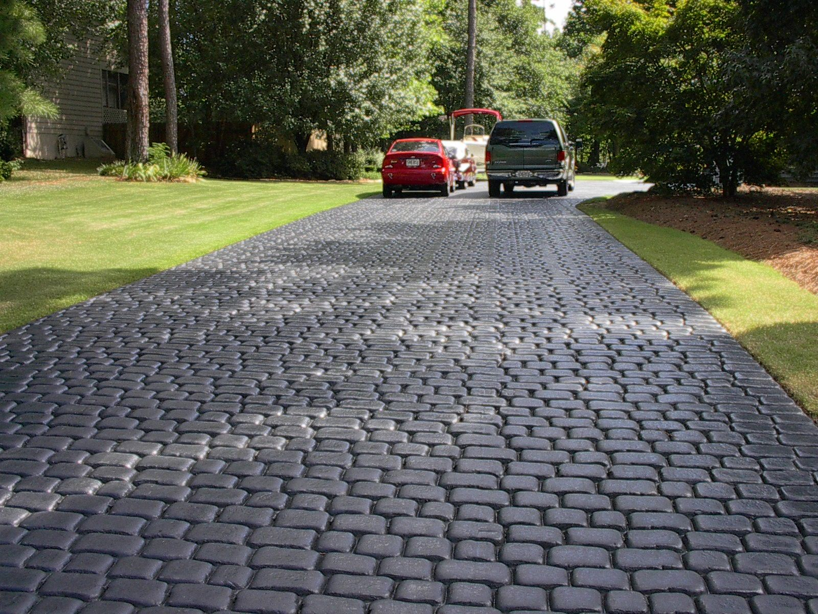 Dixie stamped concrete inc driveways driveways homes for Concrete driveway designs