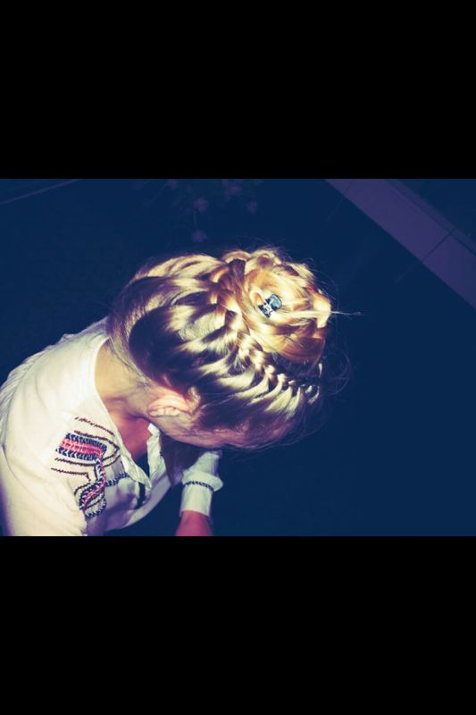 hair updo, special