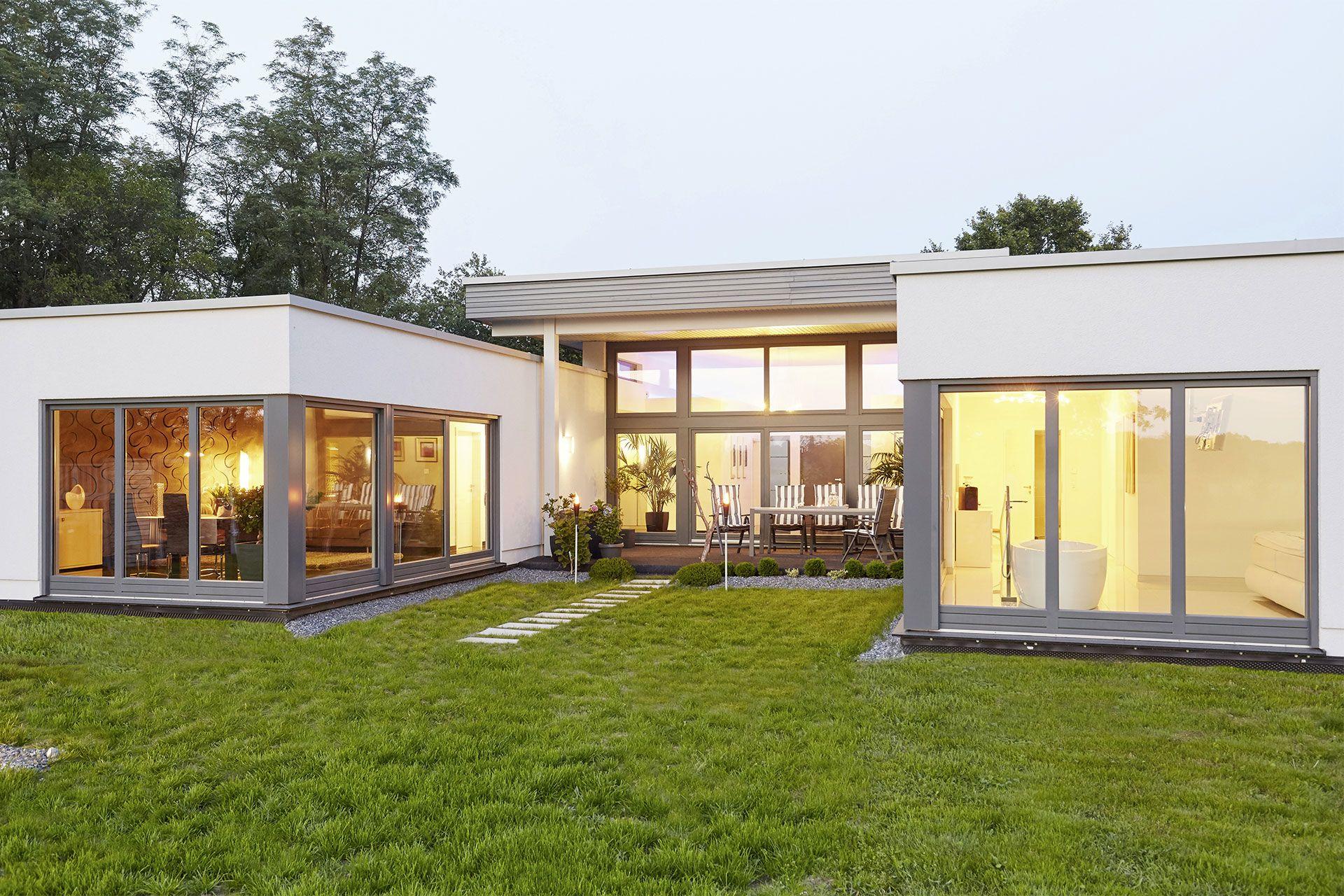 der bungalow praktisch und barrierearm in 2019 alex hausbau pinterest haus bungalow und. Black Bedroom Furniture Sets. Home Design Ideas