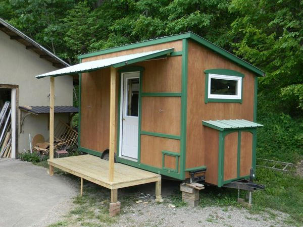 Like This Folding Front Porch Yahini Homes 104 Square Feet Tiny House On Wheels With Roof 04 112 Off Grid