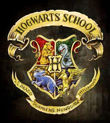 Blason de poudlard hogwarts hogwarts harry potter et - Blason serdaigle ...