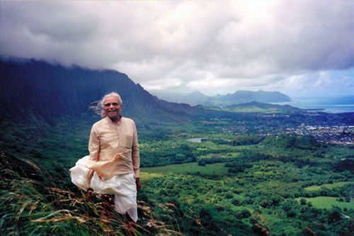 7 Life Lessons from Iyengar quotes. Love this!!!  http://www.yogatraveltree.com/article/7-life-lessons-bks-iyengar-quotes/?ref=251