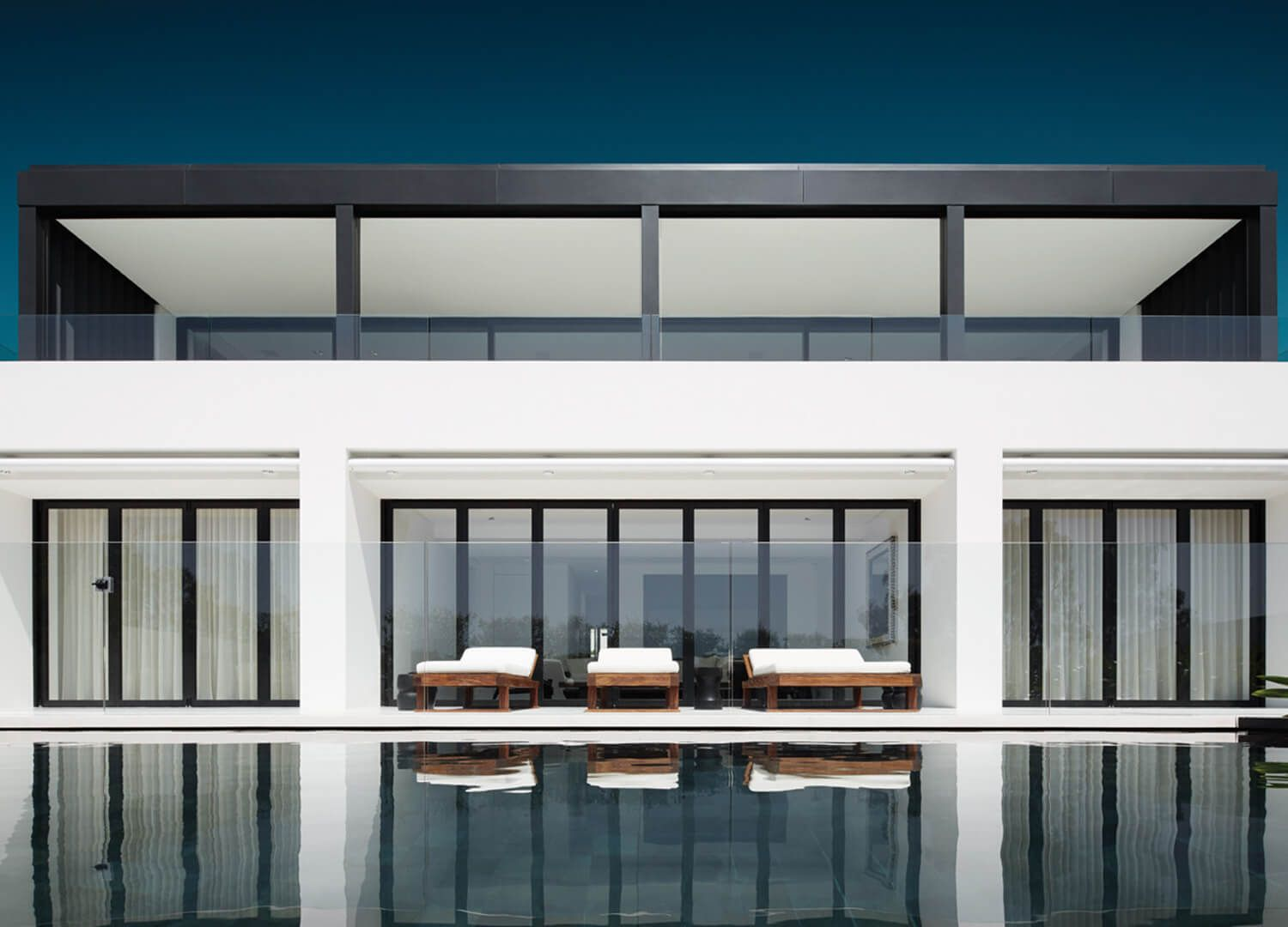 Elevated Living in Mosman | Swimming pools, Design magazine and Haus