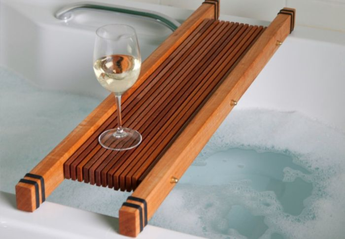 Badewannenablage 13 Beispiele Für Moderne Badeinrichtung