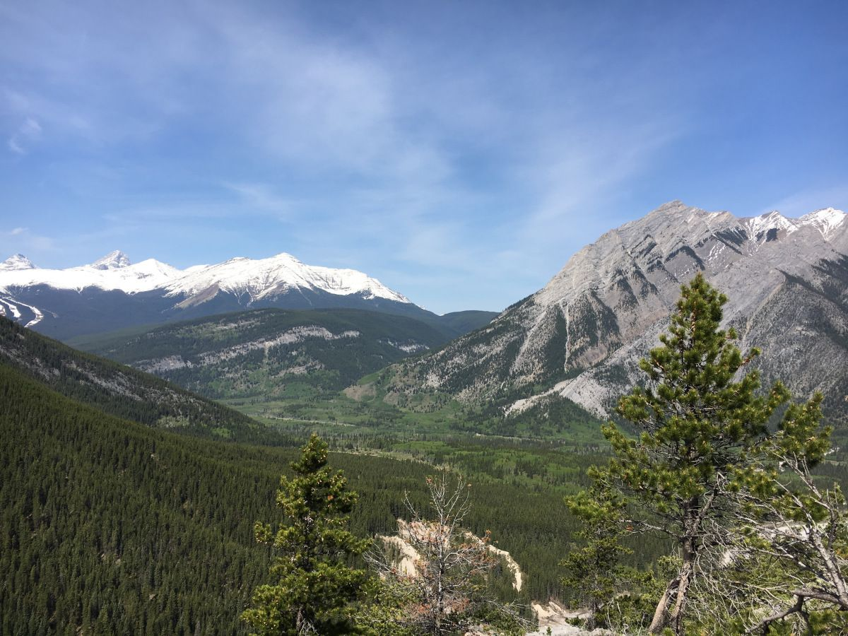 My Top 3 Weekend Road Trips from Calgary - Jasper, Canmore & Kananaskis Country