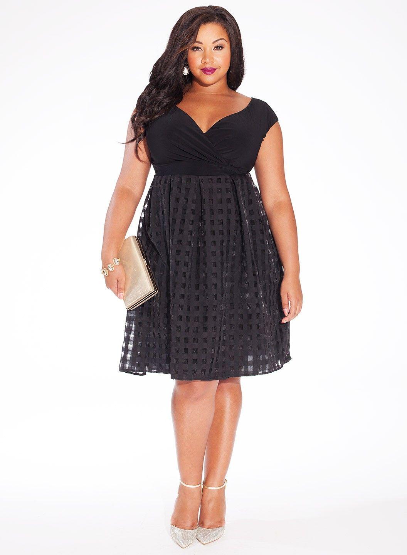 igigi black plus size models | Home Plus Size Thanksgiving Sale ...